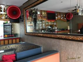 Ein Horn zur Beschallung in einer Bar